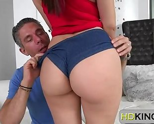 Valentina nappi shows her consummate bubble gazoo