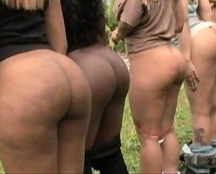 Big kewl butts - pinky,jasmin,sweet sinsacion,raven sky and xena