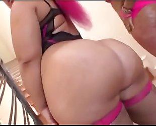 Big wazoo pinky and vanilla red