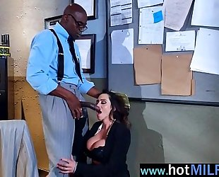 Mature sexy white lady (ariella ferrera) play in front with giant ramrod guy clip-04