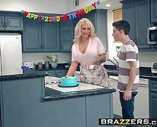 Brazzers.com - mama got mambos - my allies fucked my mama scene starring ryan conner, jordi el ni&ntild