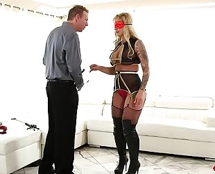 Gorgeous milf can't live without to ride