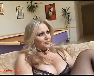 Blacksruinblondes.com blonde mamma milf cogar fur pie ruined by monster dark 10-Pounder