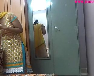 Indian non-professional women lily sex - xvideos.com