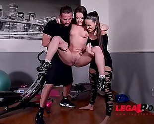 Pissing whore wendy moon dominated & dp'ed by mea melone & boyfriend gp029