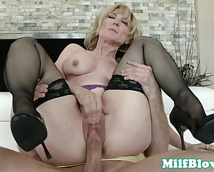 Cocksucking cougar pounded by hard rod
