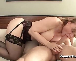 Sexy golden-haired cougar receives nailed hard