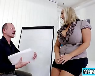 Krystal swift bonks boss in the office