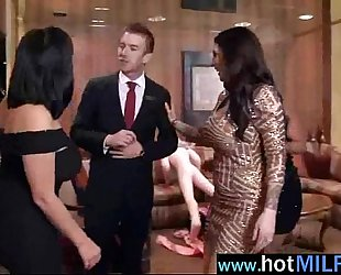 Big pecker fill right in soaked fur pie of hawt hawt milf (india summer) movie-16