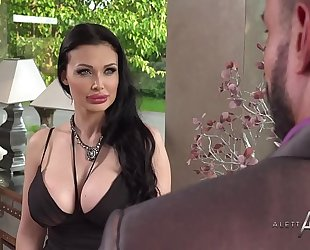 Aletta ocean takes it in the gazoo - alettaoceanlive