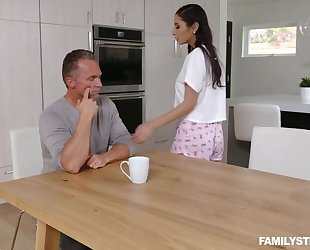 Mind-blowing brunette with natural tits serves stepdad's cock
