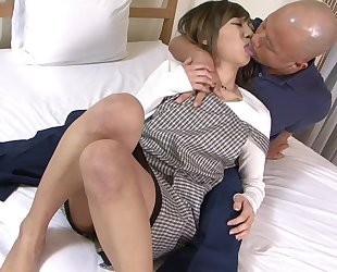 Asian housewife gets properly fucked by her husband