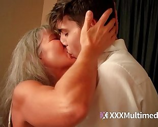 Old step mama fucks youthful son - leilani lei
