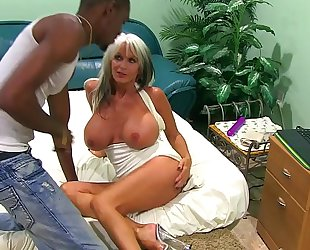 11 inch big black rod and 2 gilf web camera show