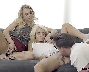 Alix lynx's, elsa jean's 3some